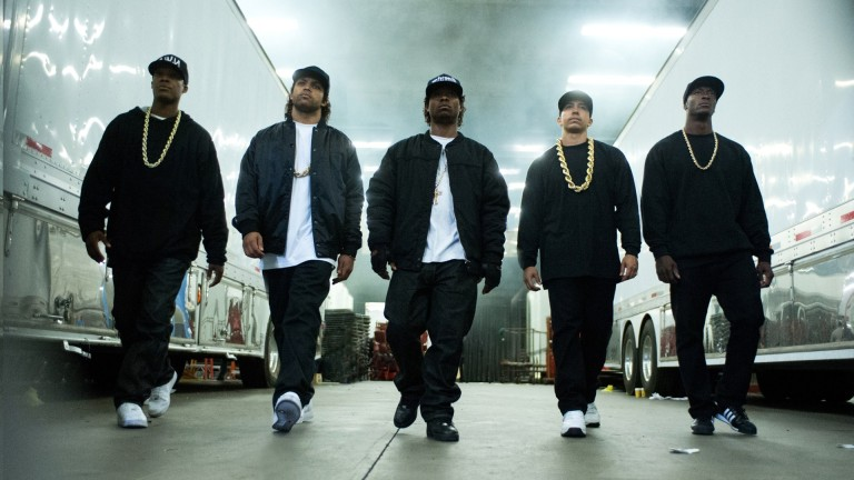 Straight-Outta-Compton-2015-Stills-Wallpapers